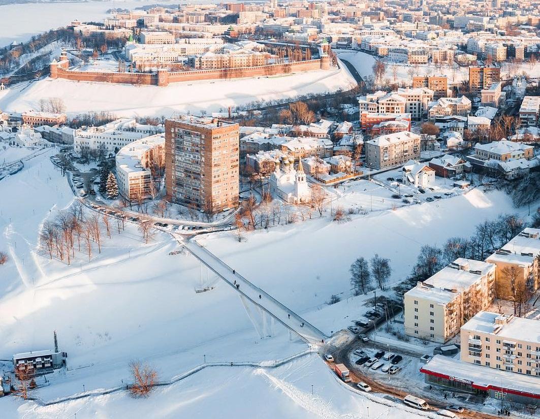 Набережная Федоровского выглядит сама по себе очень красиво