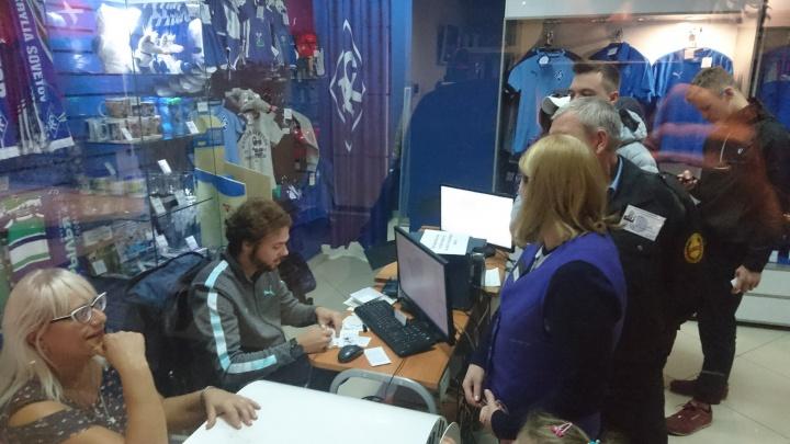 Аттракцион неслыханной щедрости: Башкиров купил болельщикам «КС» билеты на матч с «Зенитом»