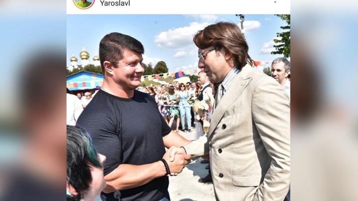«Вот это бицепс!»: мэр Ярославля ошарашил Андрея Малахова своей внешностью