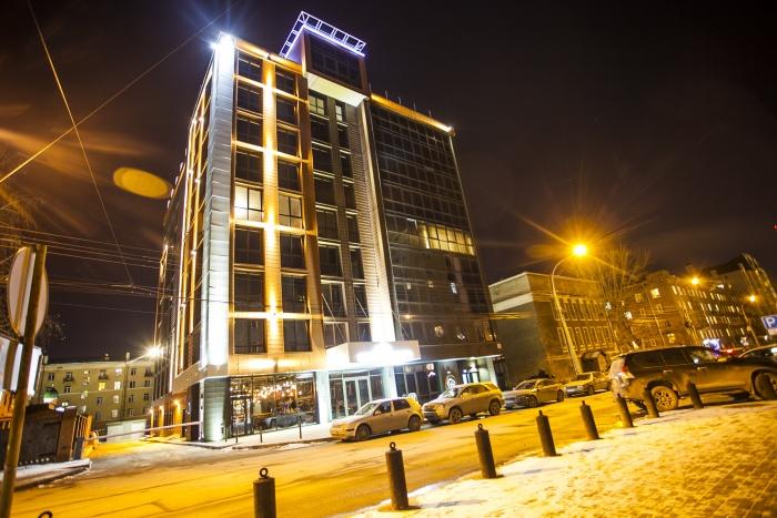 В одном из самых дорогих домов Новосибирска можно найти квартиру по цене «трёшки» в том же районе