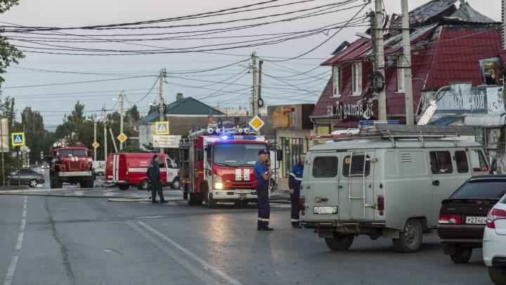 Сгорело почти 100 квадратов: всё о пожаре в «Трактире на Ардатовской» в Волгограде
