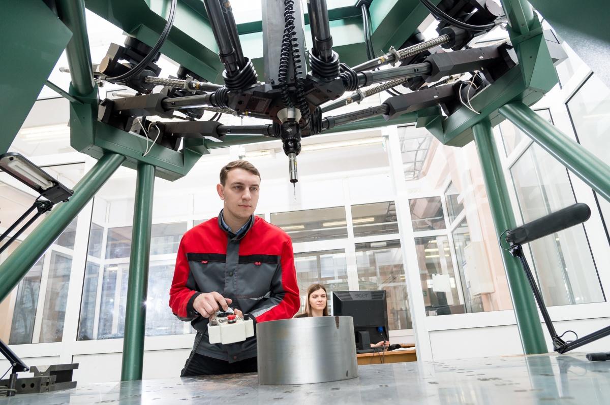 По каким принципам строится обучение на технических направлениях подготовки вуза и каковы перспективы у выпускниковПолитехнического института ЮУрГУ