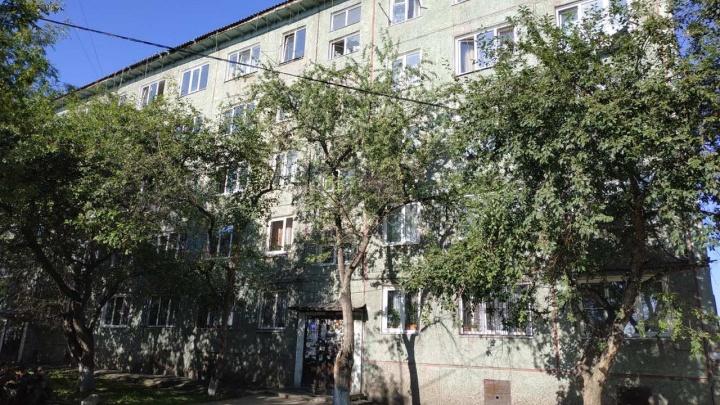 Жильцов 5-этажного общежития эвакуировали из-за угрозы обрушения здания