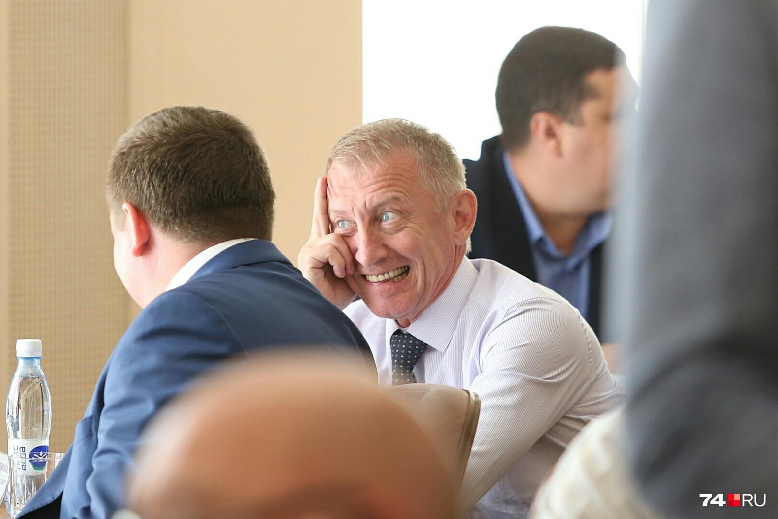 Депутат Константин Нациевский напомнил о необходимости возврата прямых выборов мэра