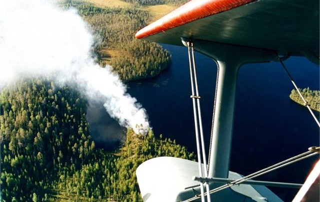 В Красноярск по приказу Путина отправили военные вертолеты и самолеты для тушения пожаров