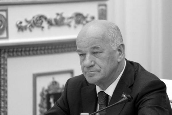 Виктор Сазонов руководил областной думой с 2001 года.