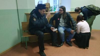 Дела рассматривали до ночи: онлайн с суда над участниками воскресного митинга в Архангельске