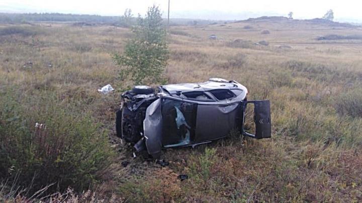 В Башкирии в ДТП на опасном повороте трассы погибла женщина