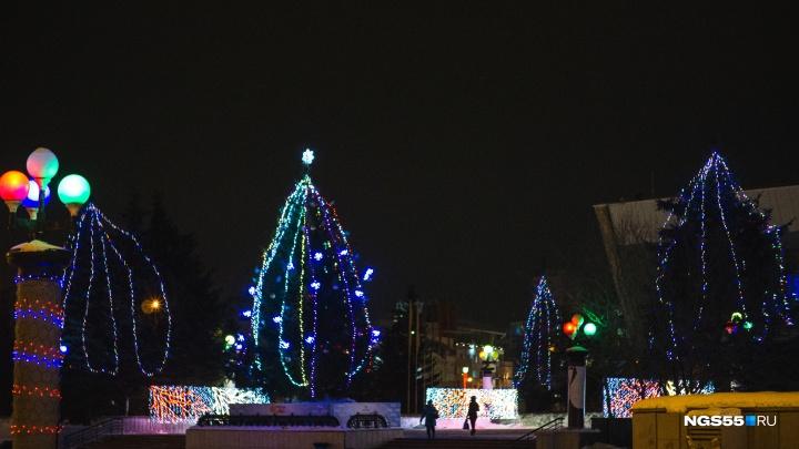 Главную городскую ёлку поставят на Театральной площади
