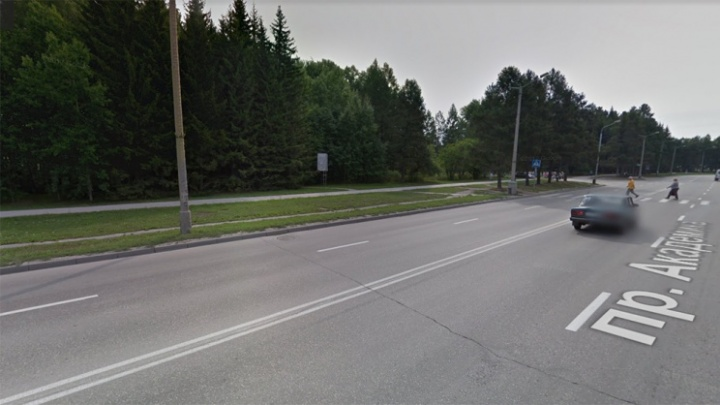 Школьник, которого сбила пенсионерка в Академгородке, умер в больнице