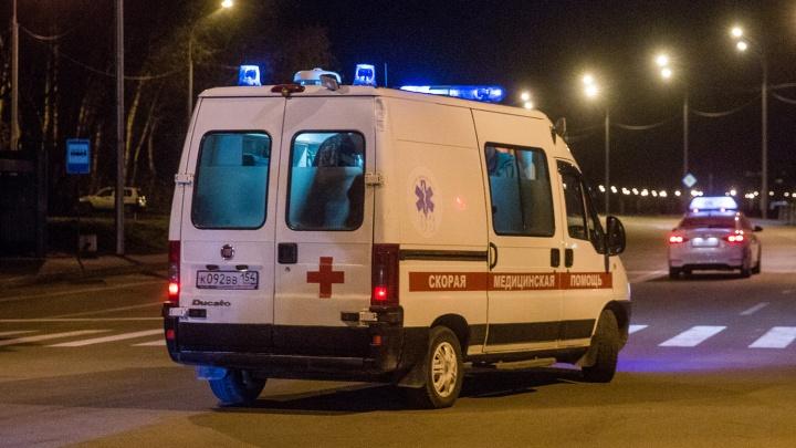 В Заельцовском районе иномарка столкнулась с такси— есть пострадавшие