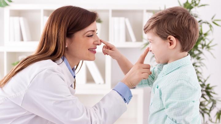 На что обратить внимание, чтобы не пропустить онкологию у ребенка
