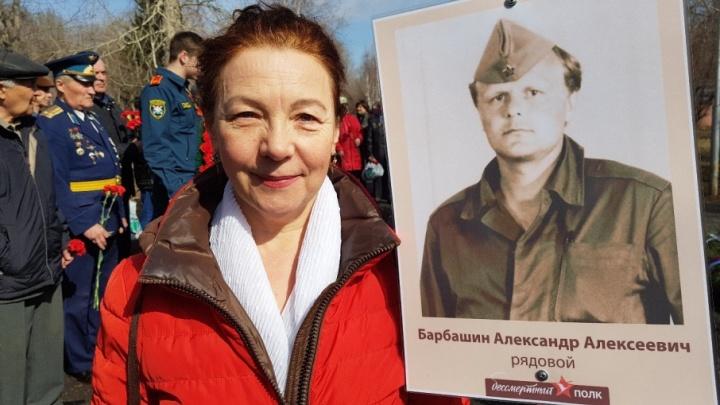 «Живут на дачах, не получают лекарств»: жена ликвидатора попросила быть внимательнее к чернобыльцам