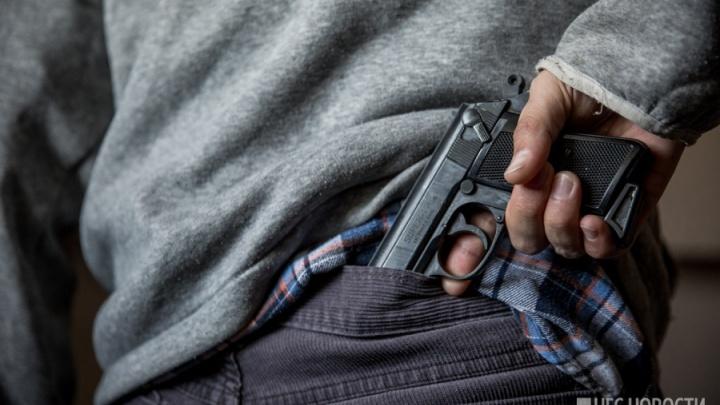 Посетитель караоке-бара «Ухо & Медведь» застрелил охранника