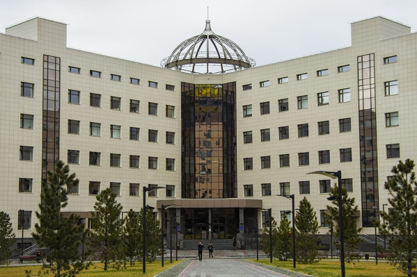 Эксперт сомневается, что НГУ сможет взять на себя лидерские функции в проекте Академгородок 2.0, как должен бы