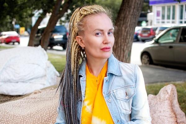 Светлане Ивановой 45 лет, она замужем, у нее есть взрослый сын