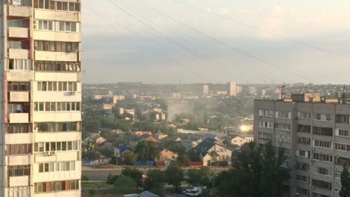 «Сгорел вместе с машиной»: в частном доме на Елецкой в Волгограде потушили пожар