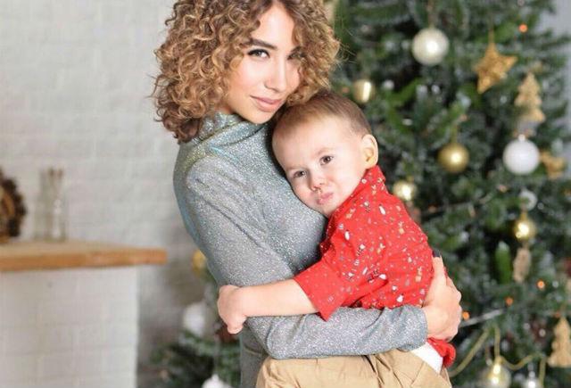Динара не только успешная бизнесвумен, но и счастливая мама. Сыну Кириллу два года