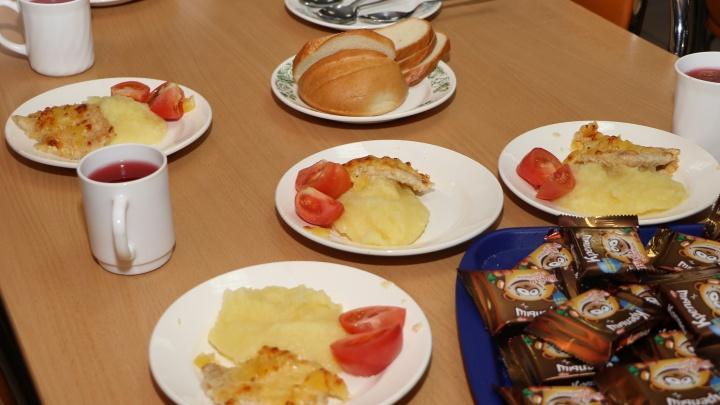70% нижегородских школьников довольны едой в столовых, если верить результатам опроса