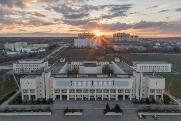 Перед ВолГУ на пустыре в 13 гектаров построят больницу