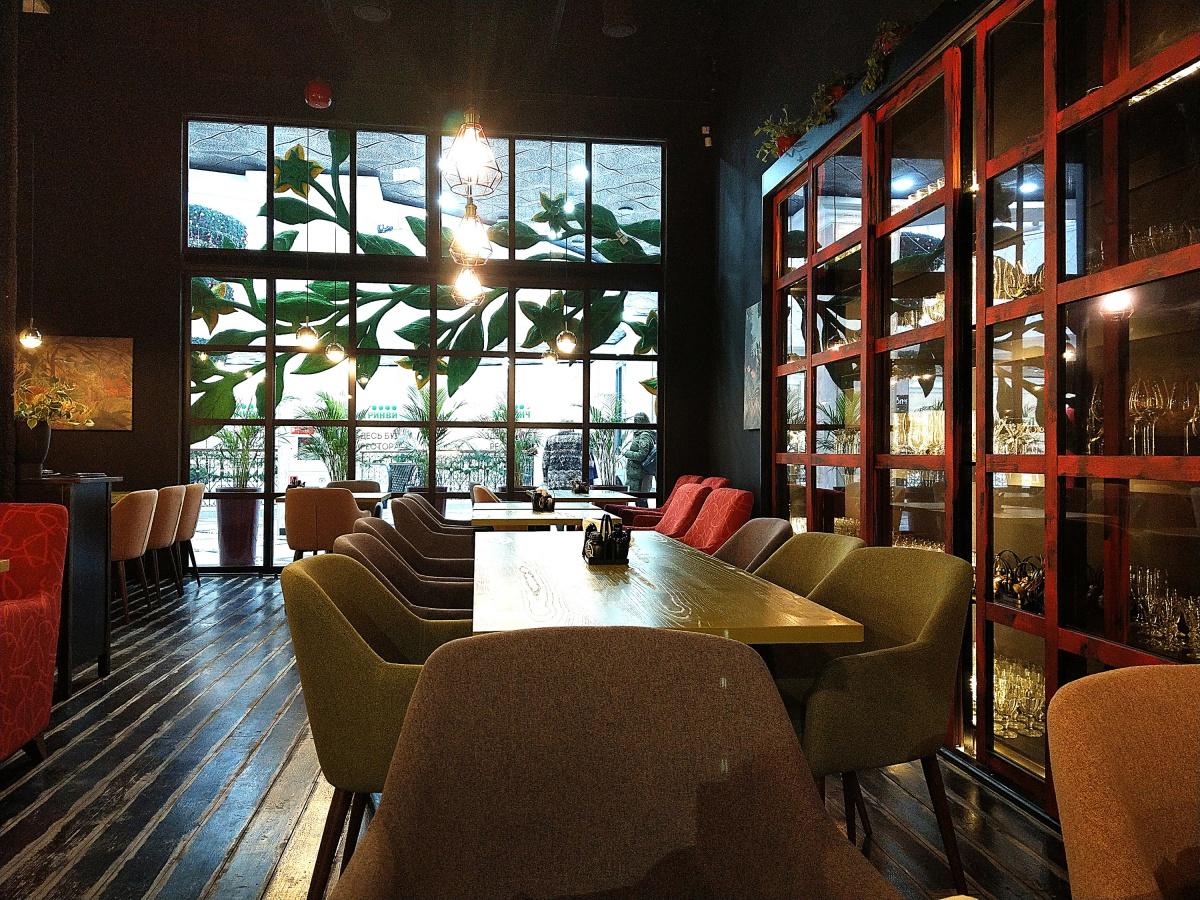 Летом оба ресторана откроют веранды на 150 посадочных мест