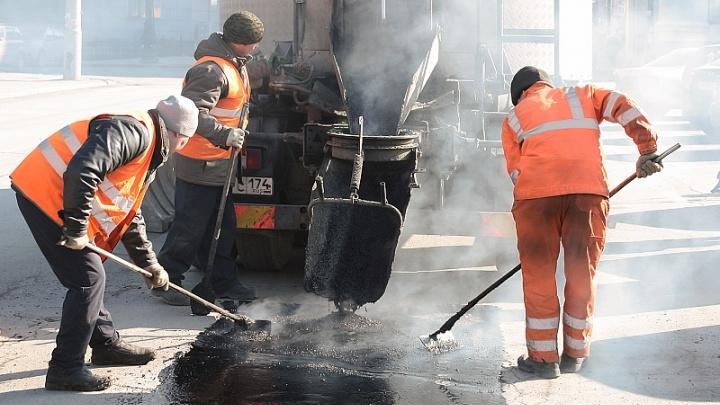 Миндортрансу запретили заключать контракт, по которому уже починили дороги в трёх районах