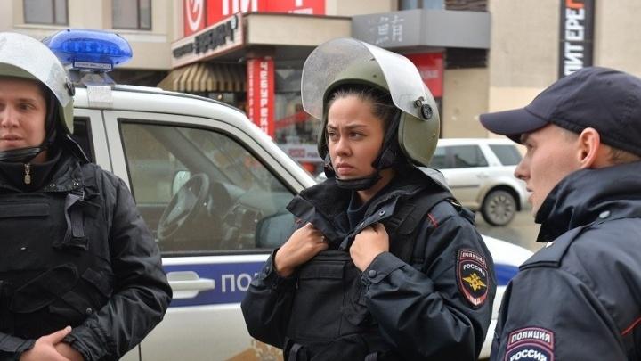 """Весь город эвакуировался на E1.RU: репортаж """"заминированного дня"""" побил все рекорды по посещаемости"""