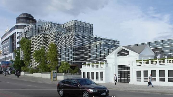 Мэр Екатеринбурга рассказал, построят ли офисник в сквере у Музея изо