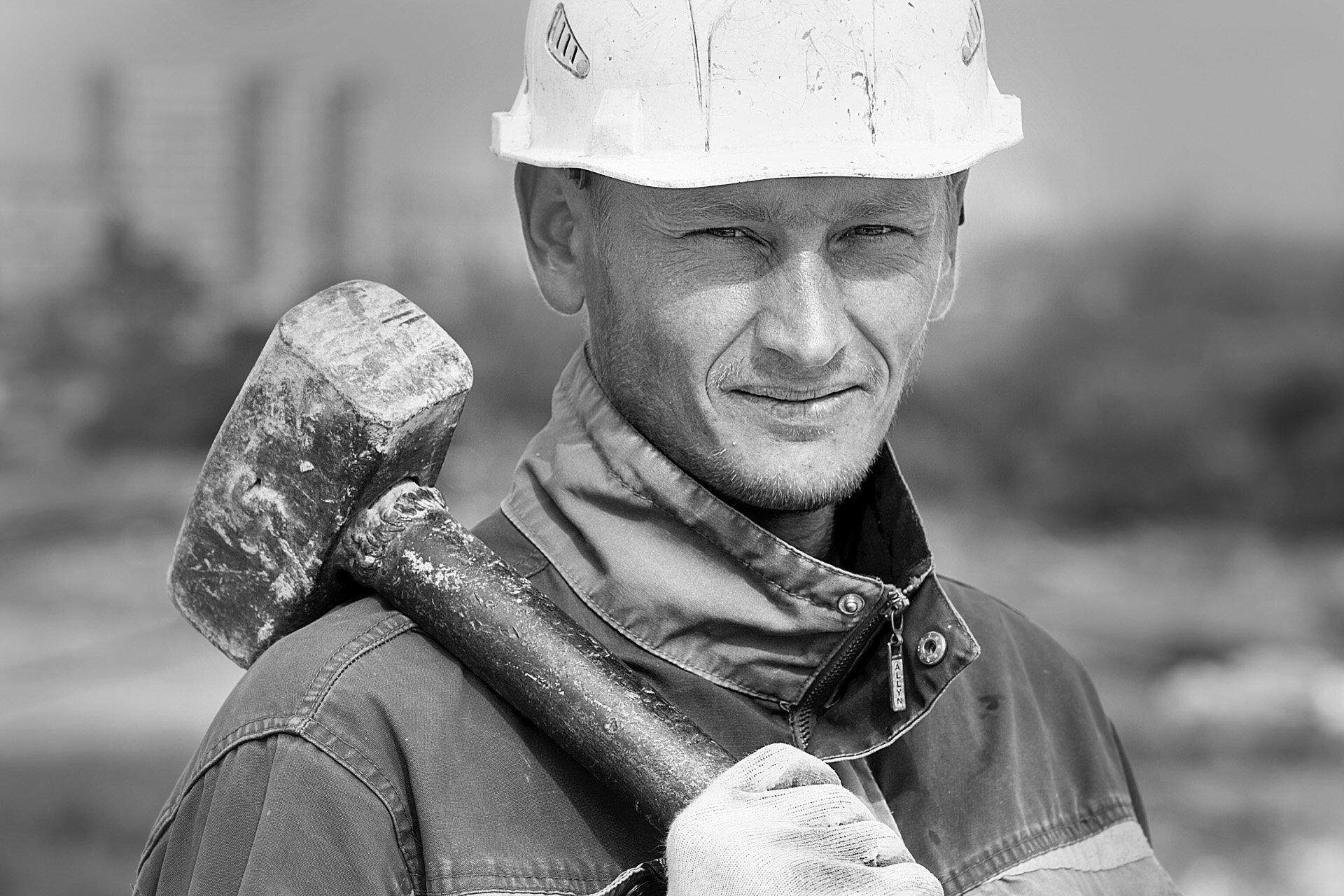 Антон, 29 лет, мастер строительно-монтажных работ