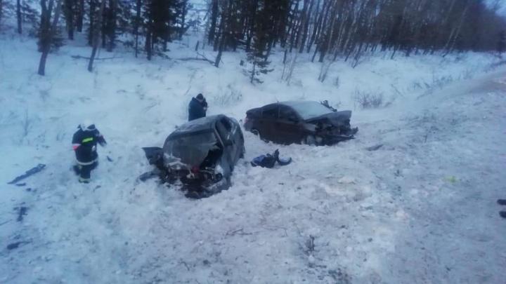 Четверых детей в Башкирии госпитализировали послестолкновения Peugeot и Hyundai Accent