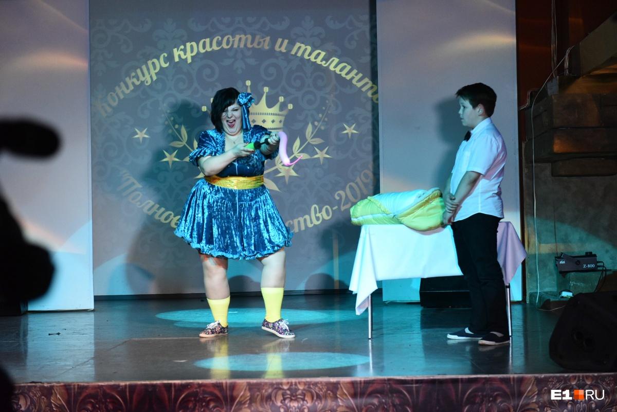 В Екатеринбурге выбрали самую красивую и талантливую толстушку: ею стала 40-летняя мастер маникюра