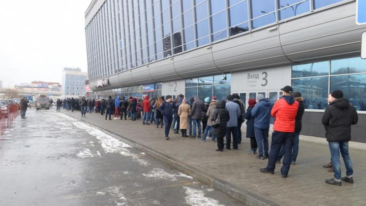 «Был риск начала волнения и давки»: в «Автомобилисте» объяснили проблему с продажей билетов на матчи