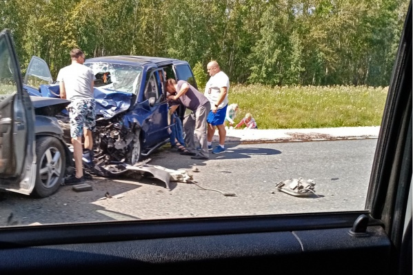 В смертельном ДТП сошлись Suzuki Grand Vitara и Mazda MPV