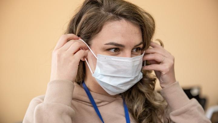 «Готовы покупать тысячами»: в Ярославле задрали цены на медицинские маски