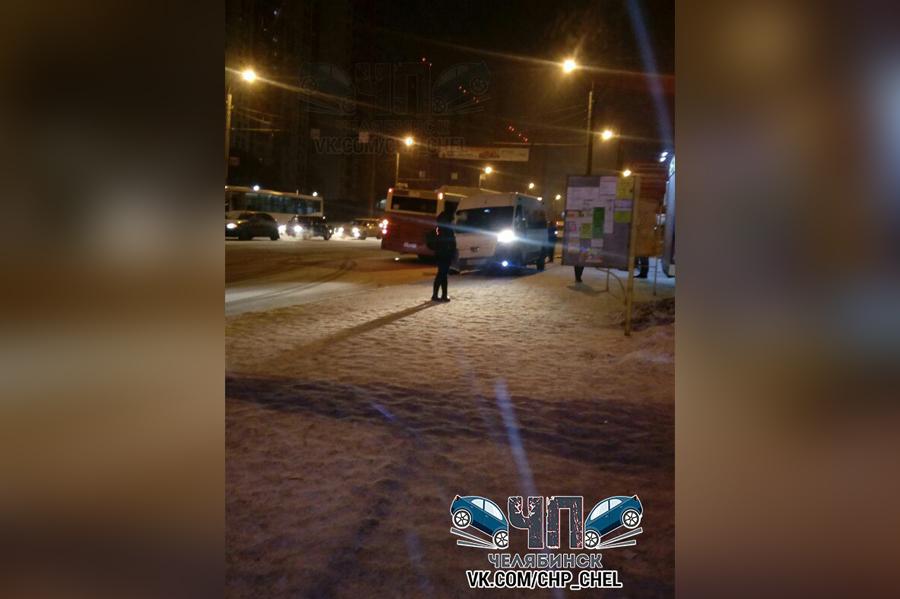 Медицинская помощь потребовалась пассажирке автобуса