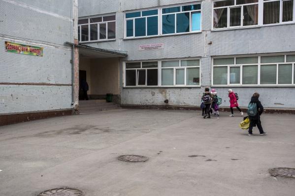 Ребёнка доставили в нейрохирургическое отделение детской больницы