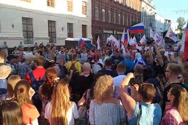 Организованная группа стартовала от площади Революции