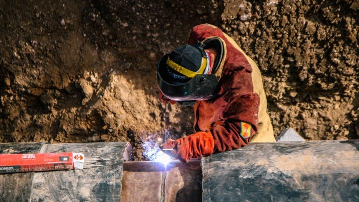 Самарские энергетики отремонтировали теплотрассу на Братьев Коростелевых