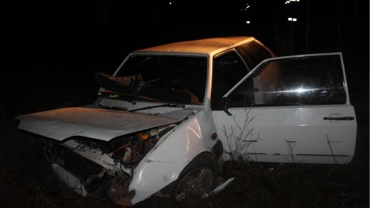 Взяла чужую машину и вылетела в кювет: в Прикамье 18-летняя девушка погибла в ДТП