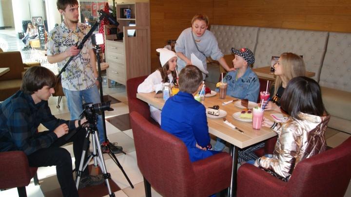 В Новосибирске начали снимать фильм про пришельцев и портал на площади Ленина