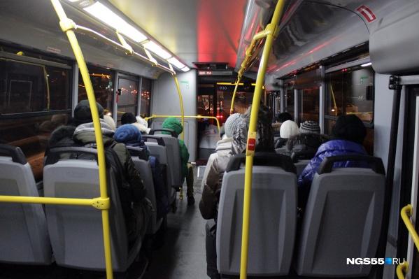 Пассажиры едут туда, где всегда работают транспортные карты
