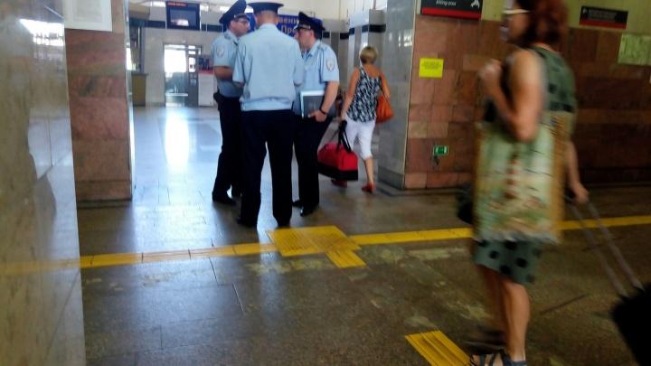 «На Перми-2 оцепление. Что случилось?»: на вокзале идут учения полиции