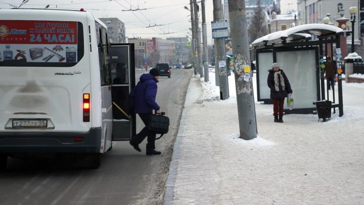 «Нас сделали заложниками ситуации»: частные перевозчики высказались о новой системе оплаты проезда