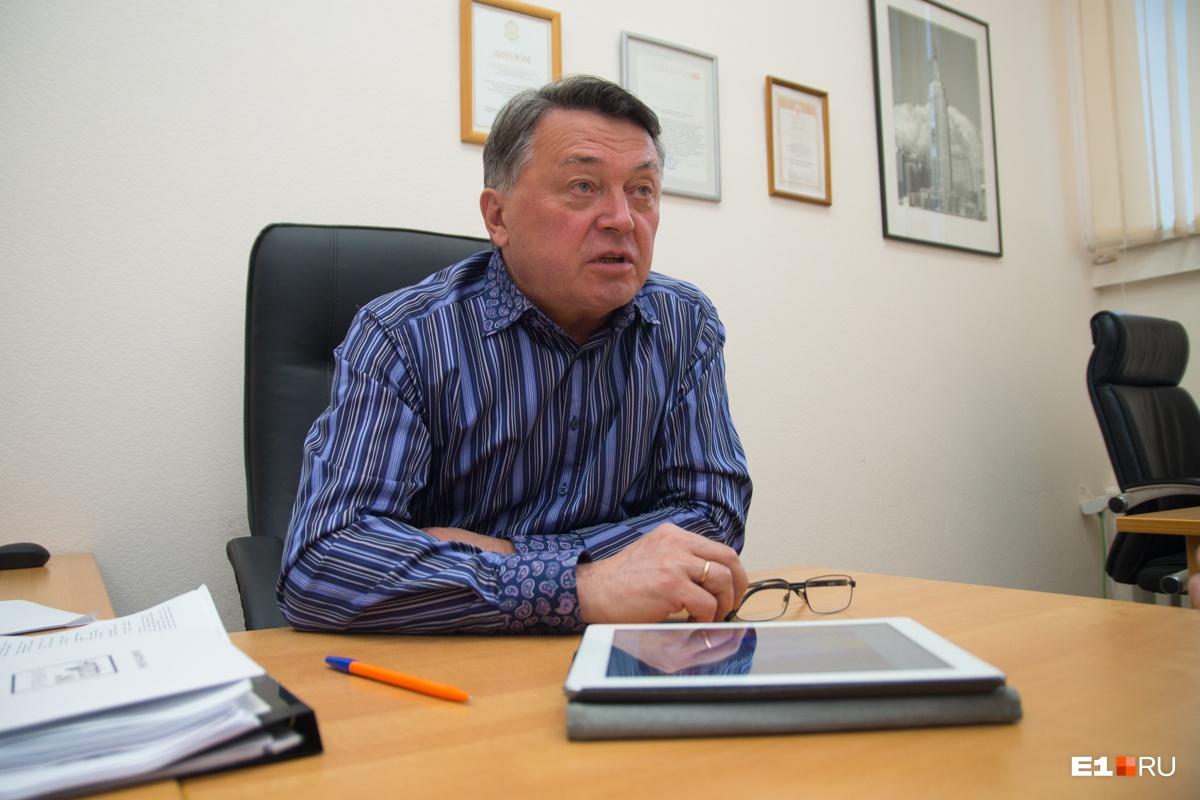 По словам Вяткина, проект храма могут и не перерисовывать