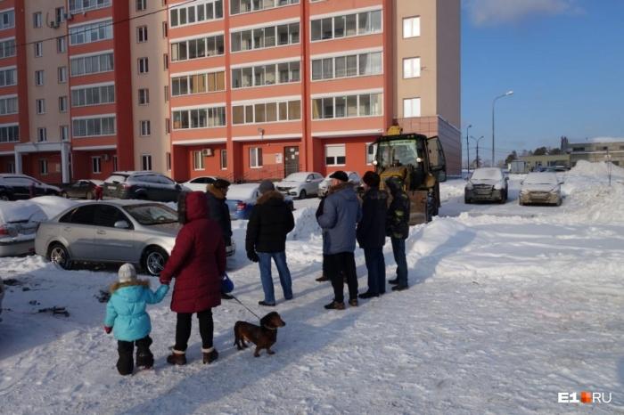 Жильцы не хотят, чтобы рядом с их домом была платная парковка