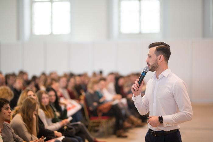 «Профессии будущего» — форум нового формата, где делятся опытом и отвечают на важные вопросы