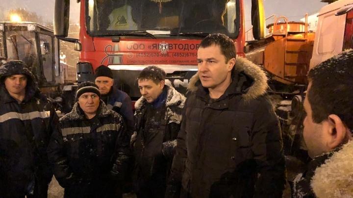 «Было плохо, но спасибо»: мэр Ярославля поблагодарил коммунальщиков за уборку улиц от снега