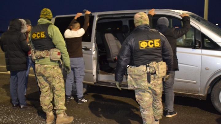 В Челябинской области задержали преступную группу, помогавшую мигрантам легализоваться в России