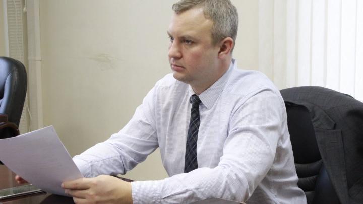В разгар зимней уборки: заместитель по ЖКХ покидает свой пост