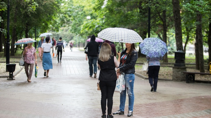Жара спадает: в выходные ростовчан ожидает дождь